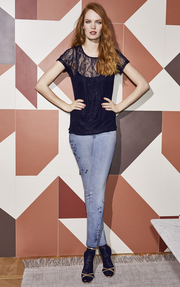 CASUAL-LACE